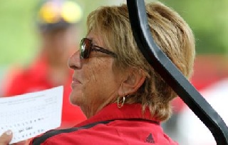 Women's Golf Coach Roseann Schwartz Announces Retirement