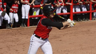 YSU Belts Three Homers But Falls to Green Bay in Finale