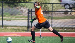 Katie Montgomery Tallied Nine Saves in 3-0 Loss at Wright State