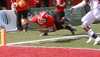 Defense Pitches Shutout; Mays Keys YSU in 30-0 Win Over RMU